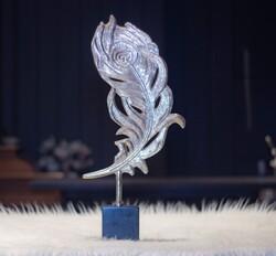 Lamedore - Gümüş Tavuskusu Tüyü Şeklinde Dekoratıf Obje
